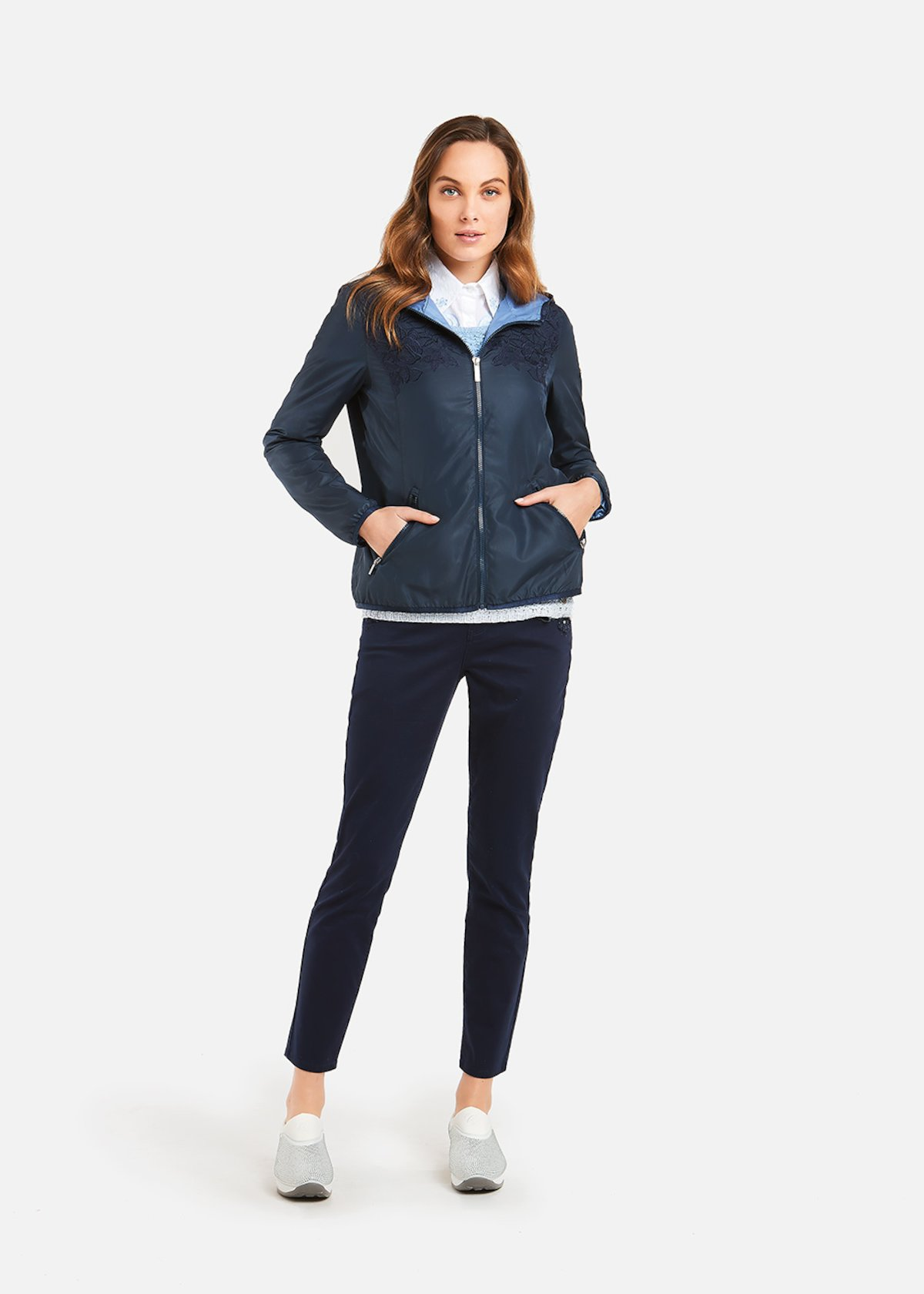 Garis jacket with floral embroidery - Medium Blue