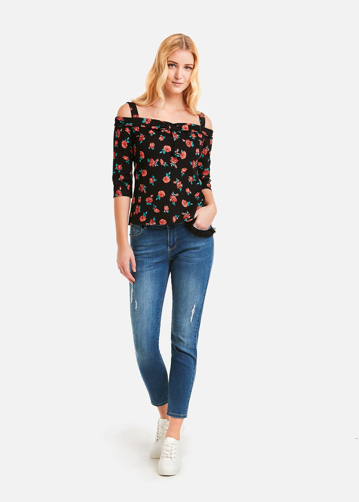 Shelly t-shirt fancy roseswith bow - Black Fantasia