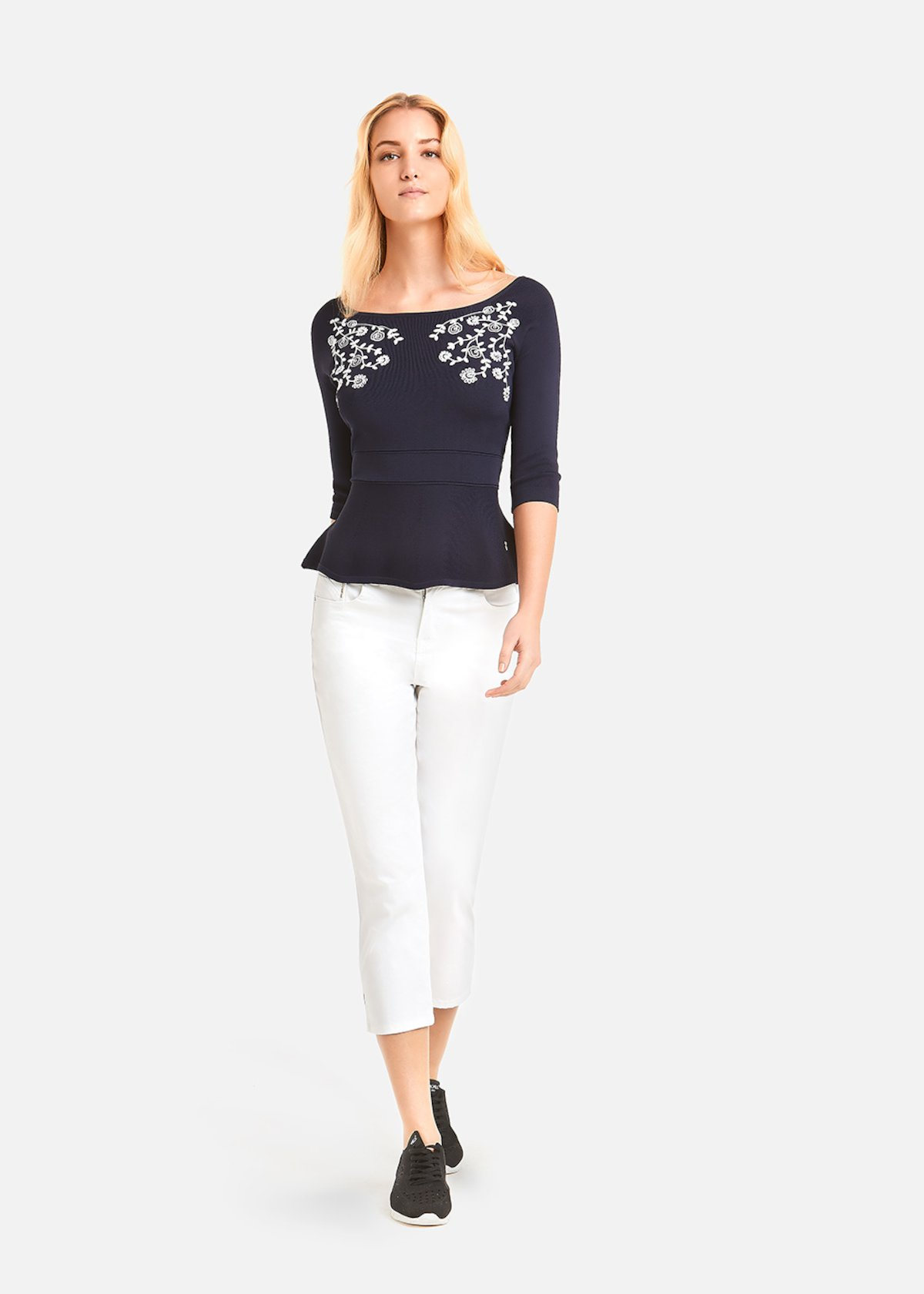 Monik sweater with floral embroidery - Medium Blue