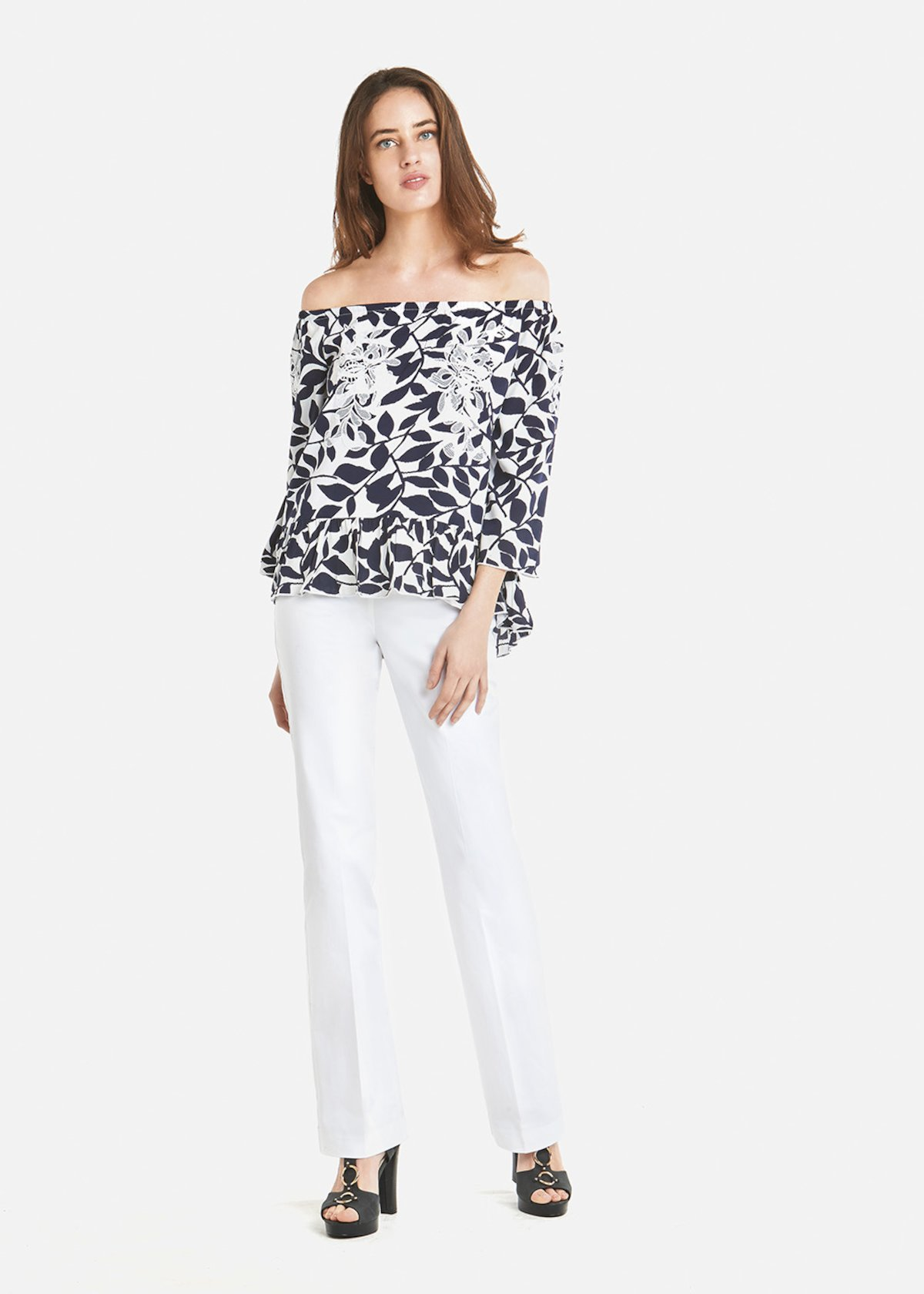 Carol blouse with embroidery - Medium Blue / White Fantasia