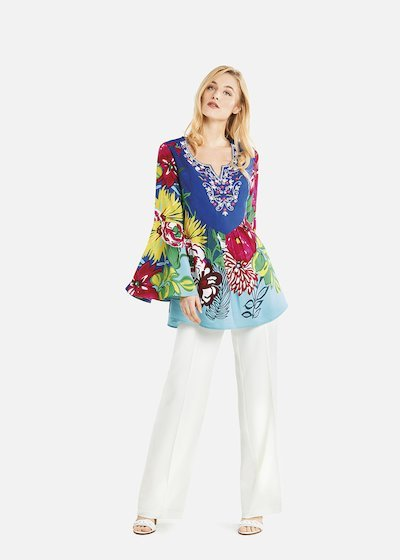 Cler blouse with colorful pattern