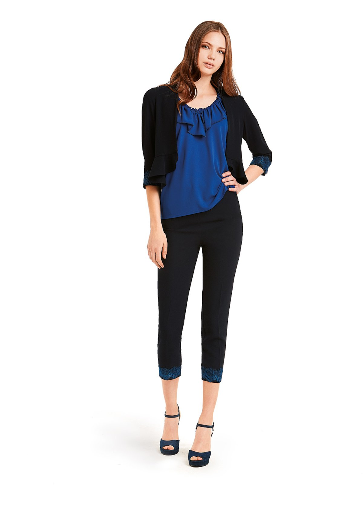 Claudio shrug with ruffles on the bottom - Medium Blue