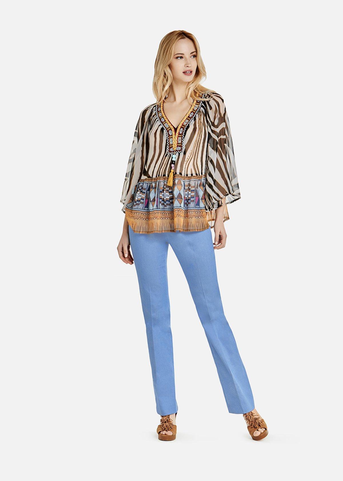 Pantaloni Penny a zampa in chambray chiaro con impunture senape - Denim