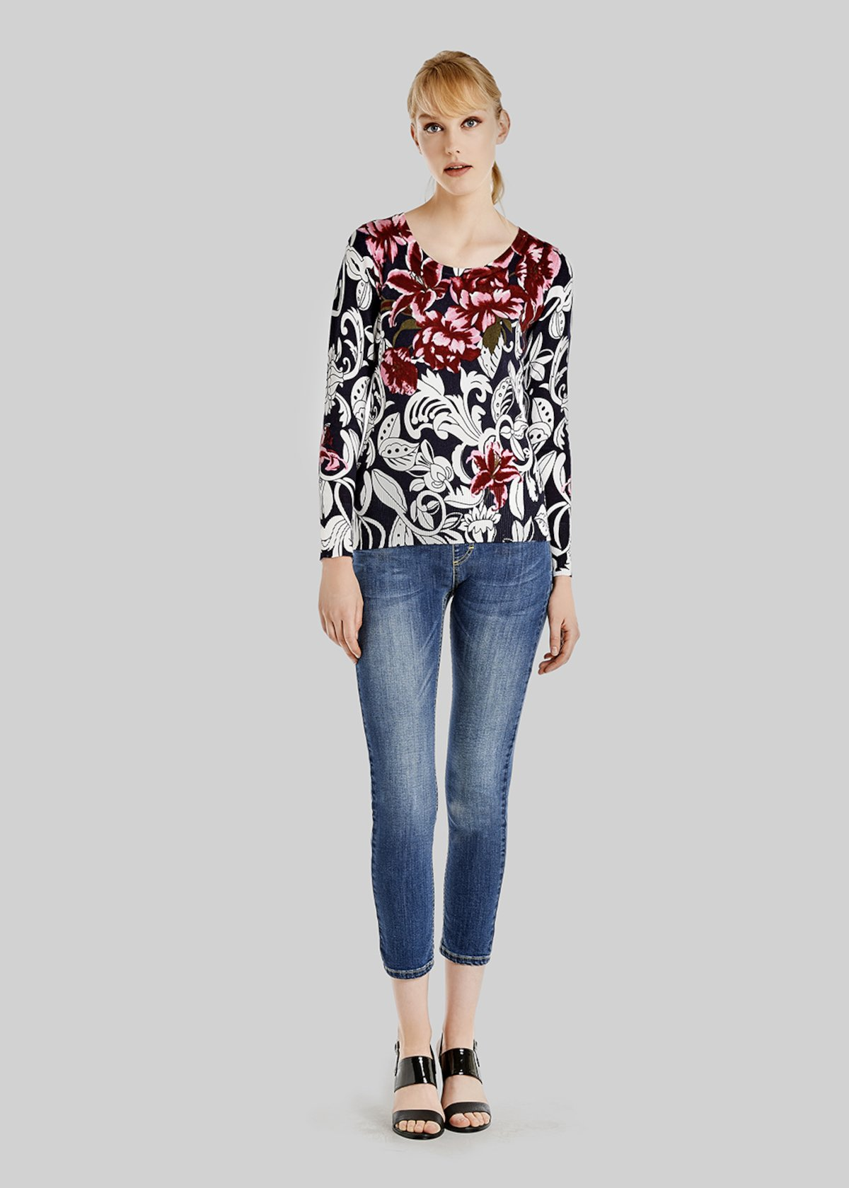Maike sweater with floral print with ribs - Medium Blue\ White\ Fantasia - Woman - Category image