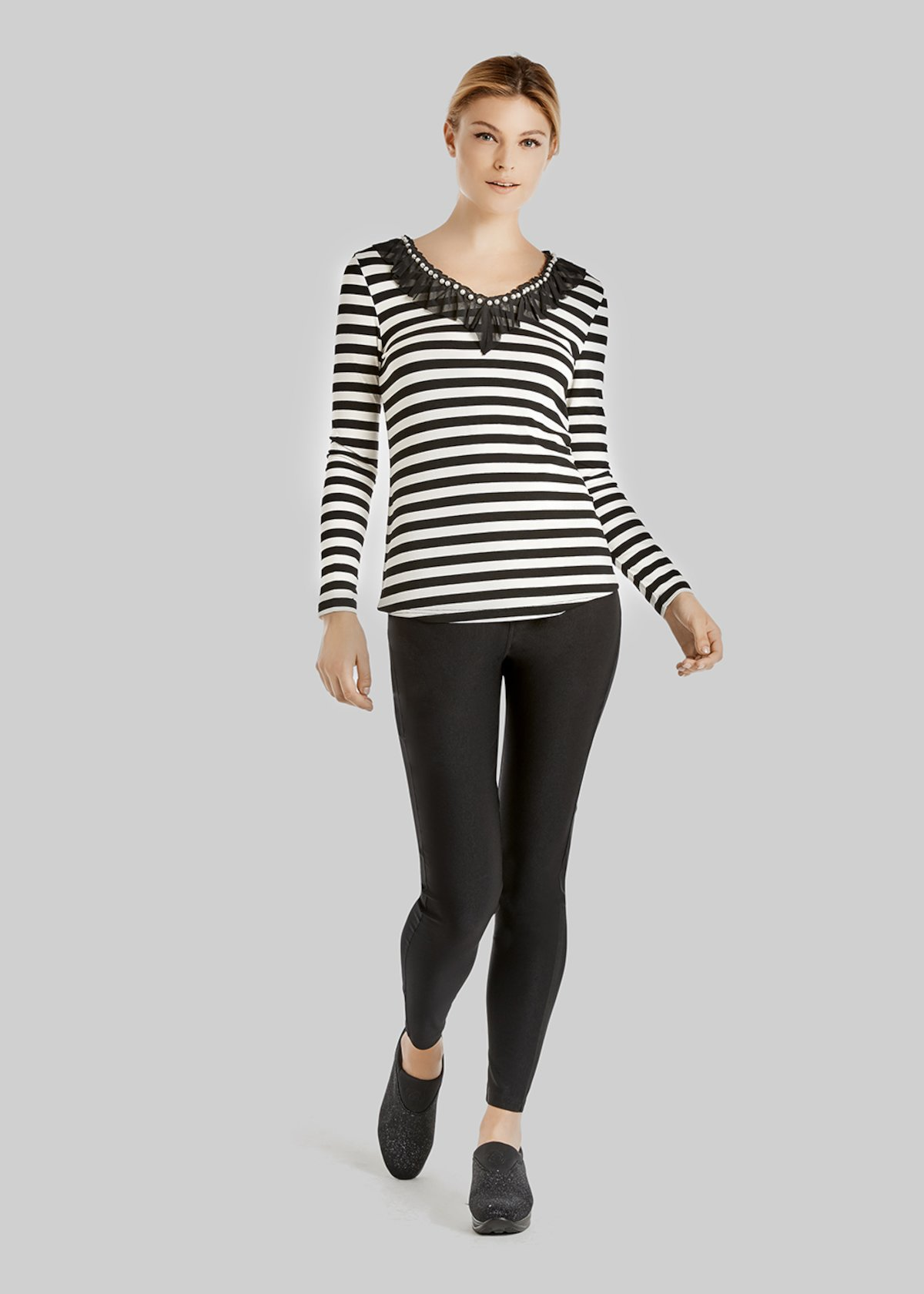 Stily fantasy stripes t-shirt with mesh and beads on the neckline