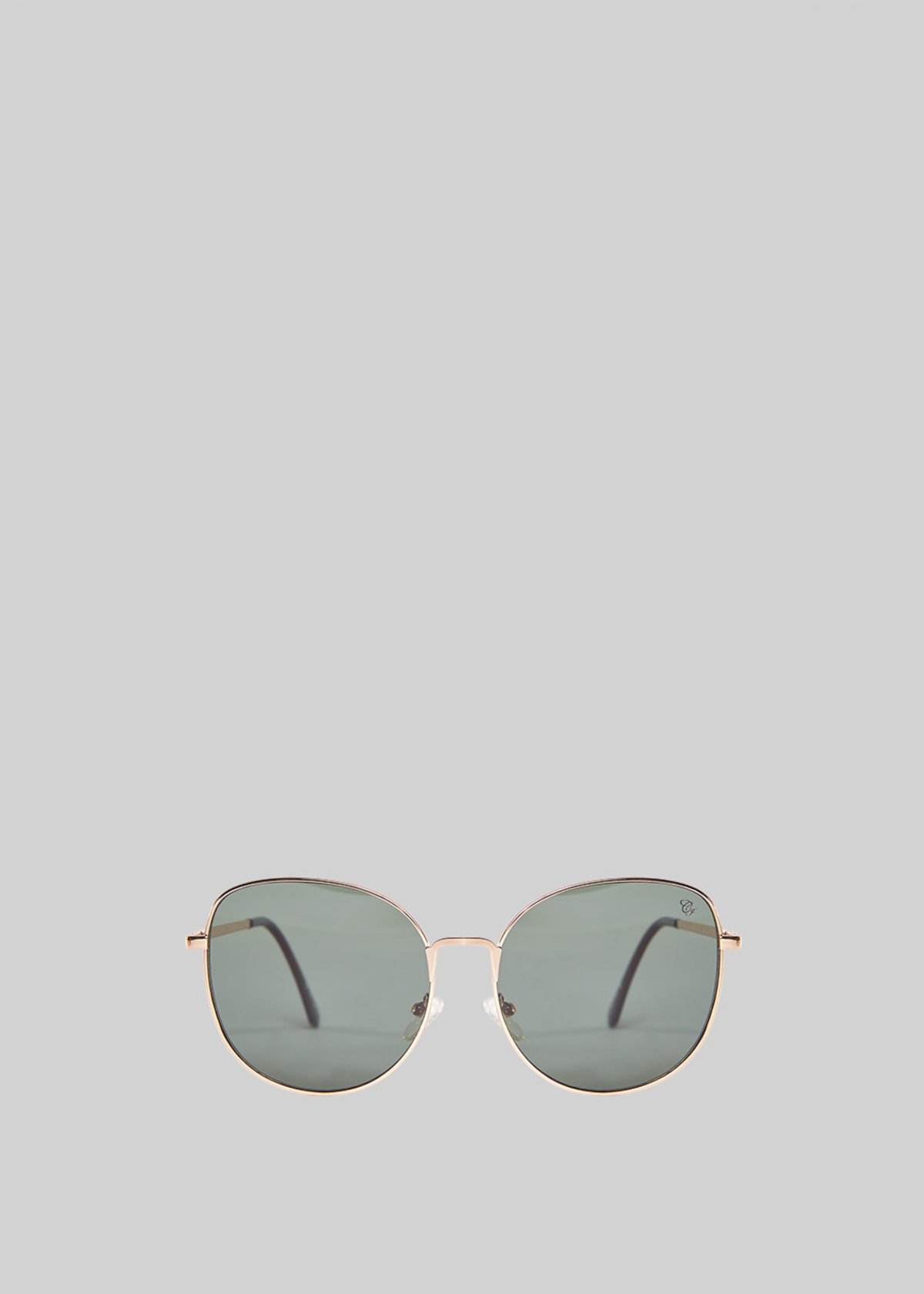 Sunglasses with light gold frame