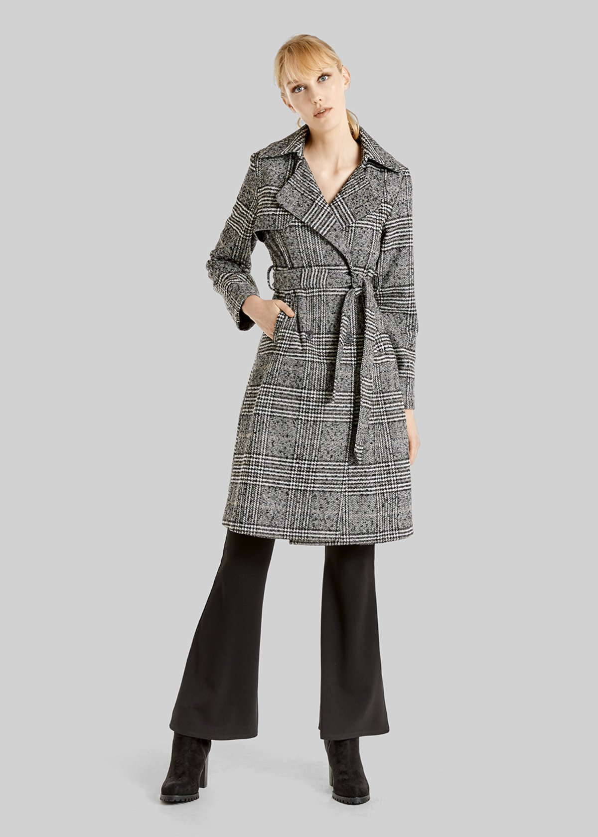 Tomas trench coat with Prince of Wales pattern and belt - Black White Fantasia