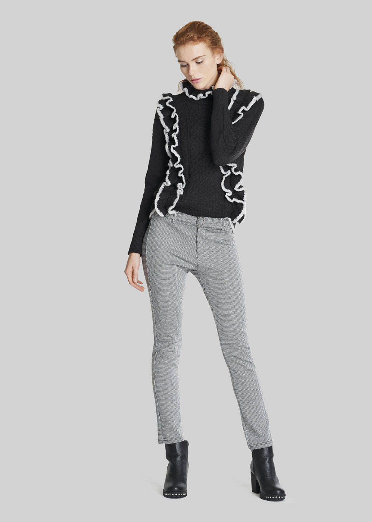 Marshall sweater with high neck and bicolour ruffles - Black / Mousse