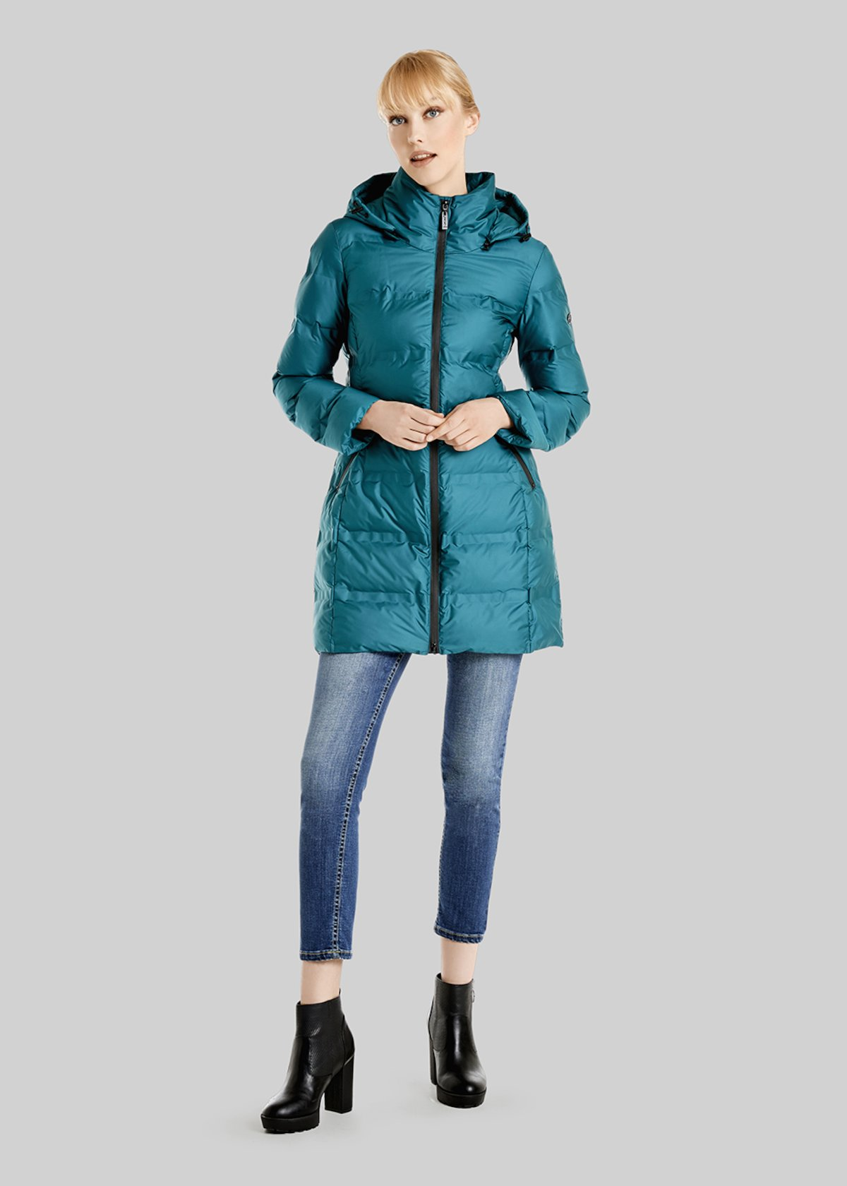 Pierre down jacket with removable hood