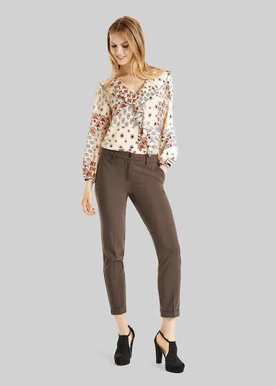 Bella pants of technical fabric with american pockets and turn-ups