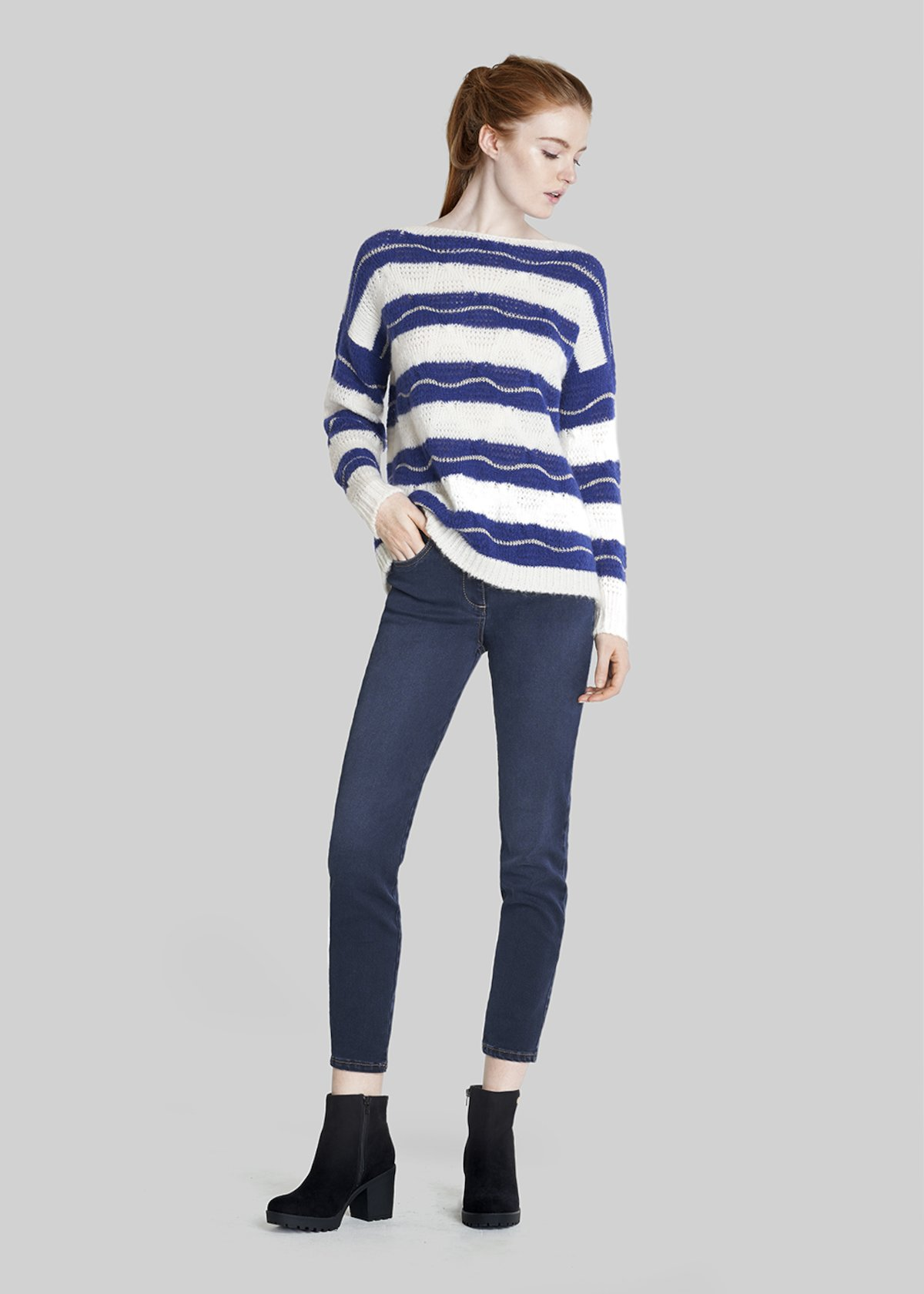 Marilyn sweater with stripes and boat neckline - Lapis / White