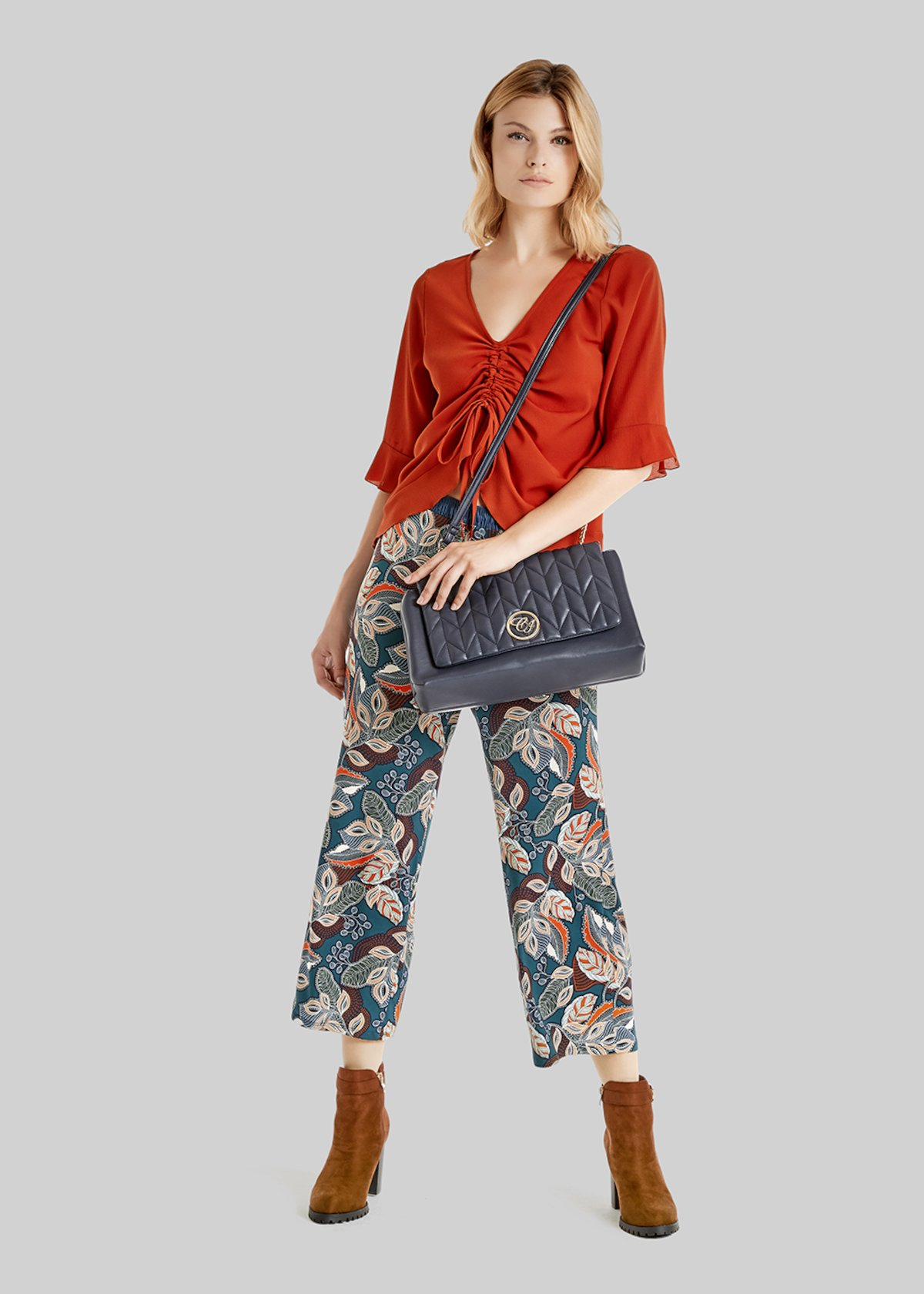 Blusa Claudia con fiocco sul fondo - Pecan - Donna - Immagine categoria