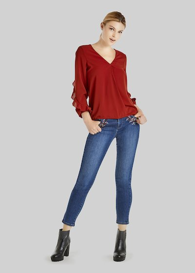 Clarissa blouse with ruffles on the sleeves