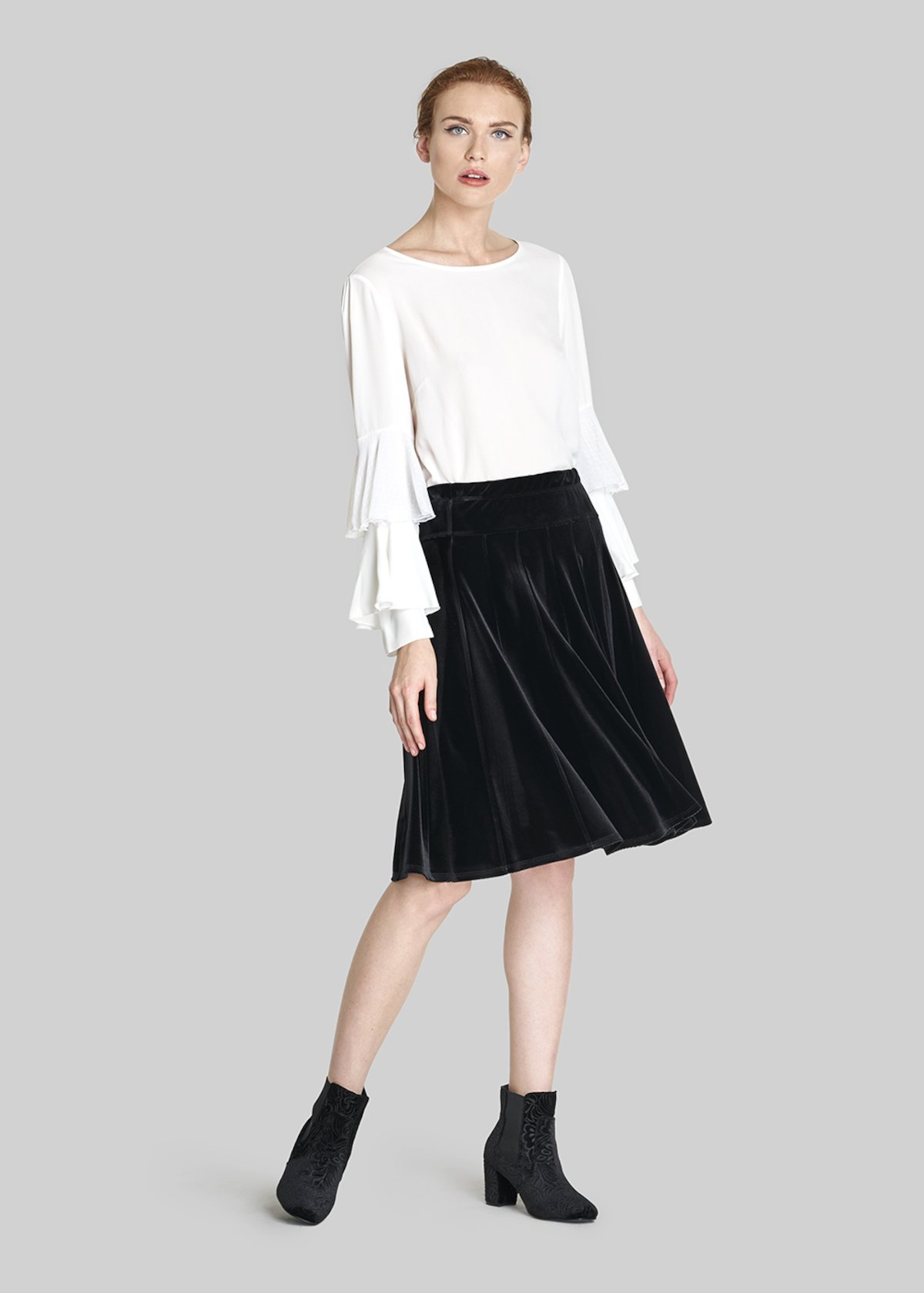 Giuditta5 velvet skirt with elastic waist - Black - Woman - Category image