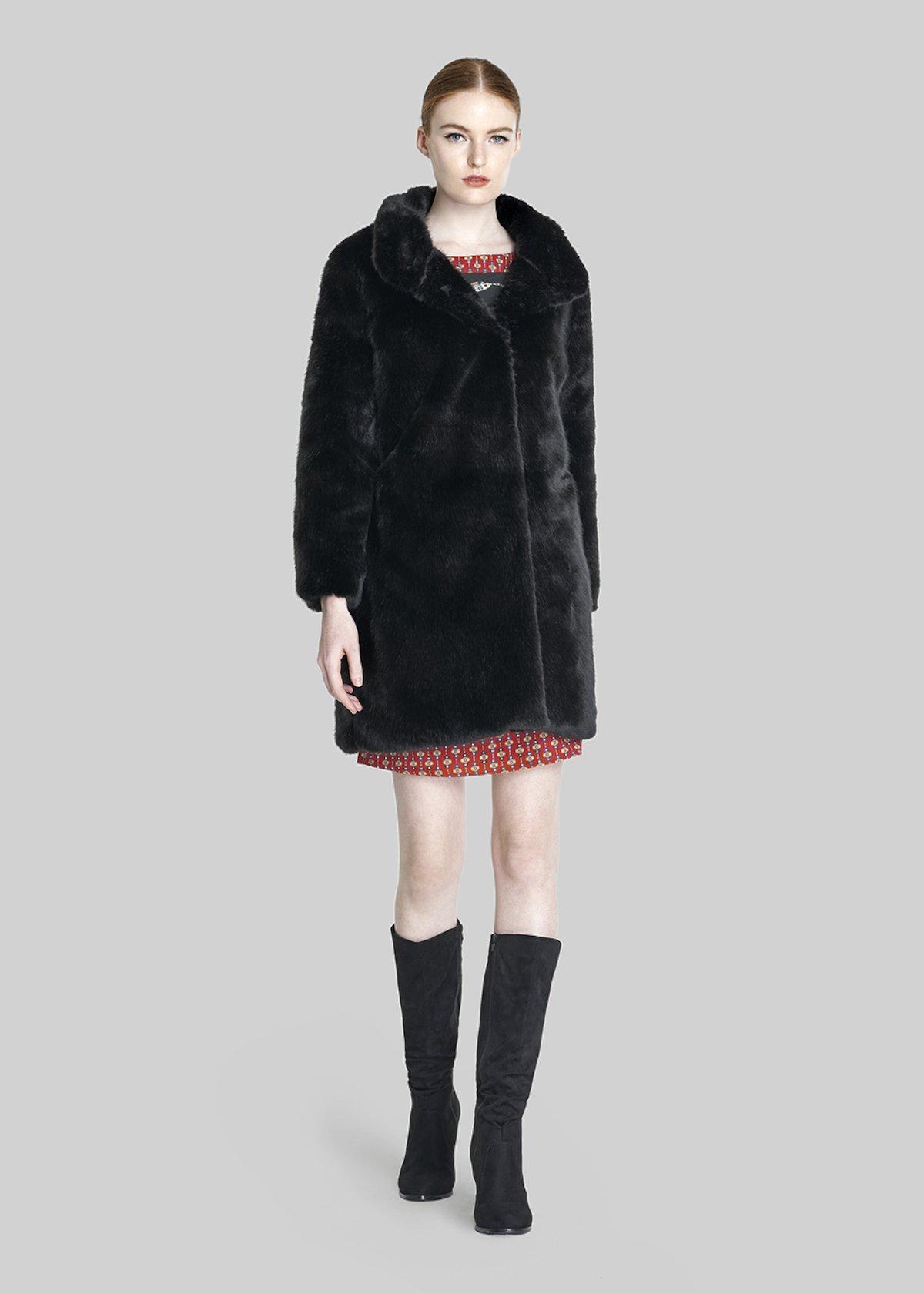 Chris Faux fur with Turtleneck - Black