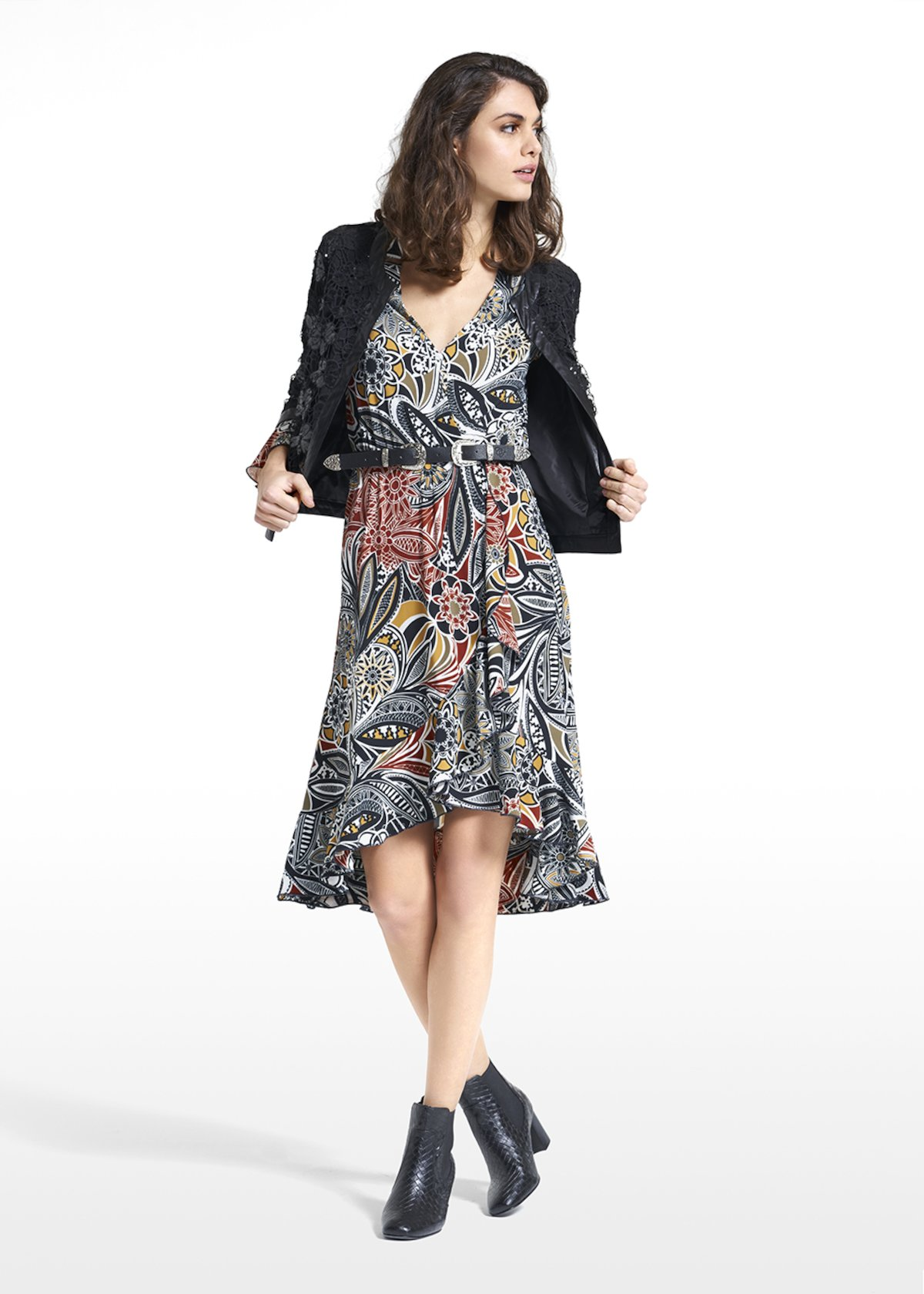 Shrug Climber in georgette and sequins with faux leather hems - Black - Woman - Category image