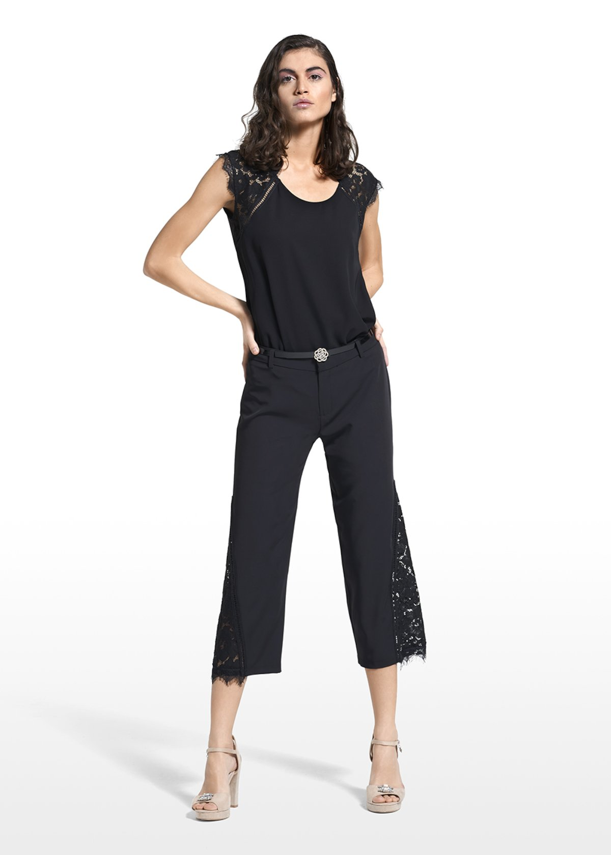 Capri pants Primo with application in lace - Black - Woman - Category image