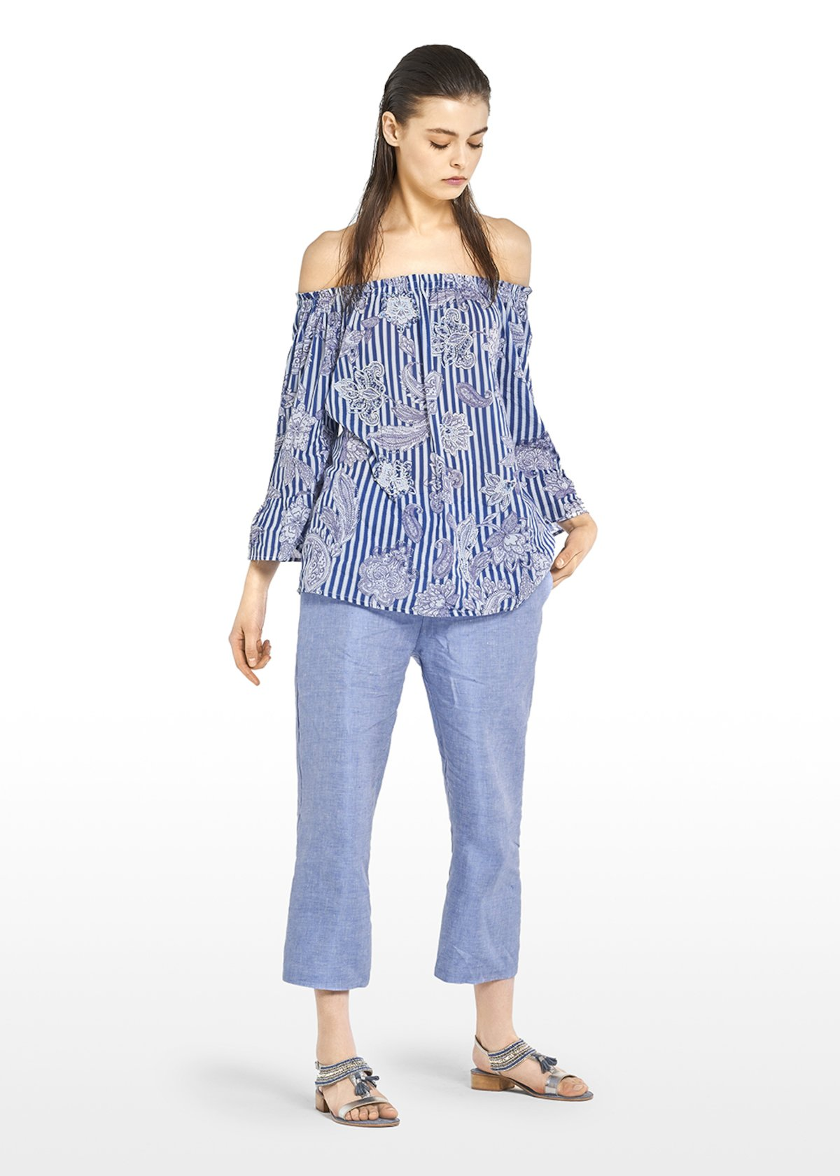 Clodi blouse in cotton with off-shoulder neckline