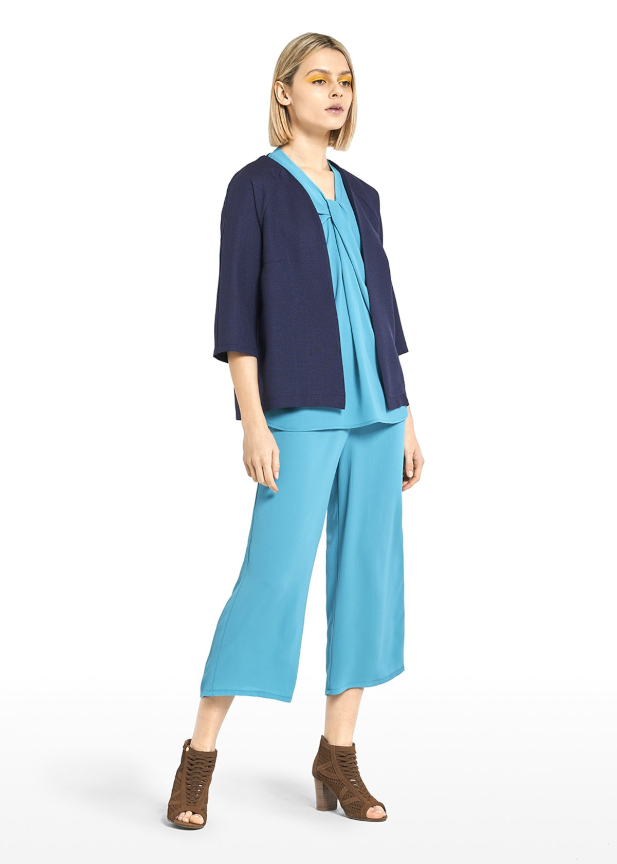 Cesar Mat shrug - Medium Blue - Woman