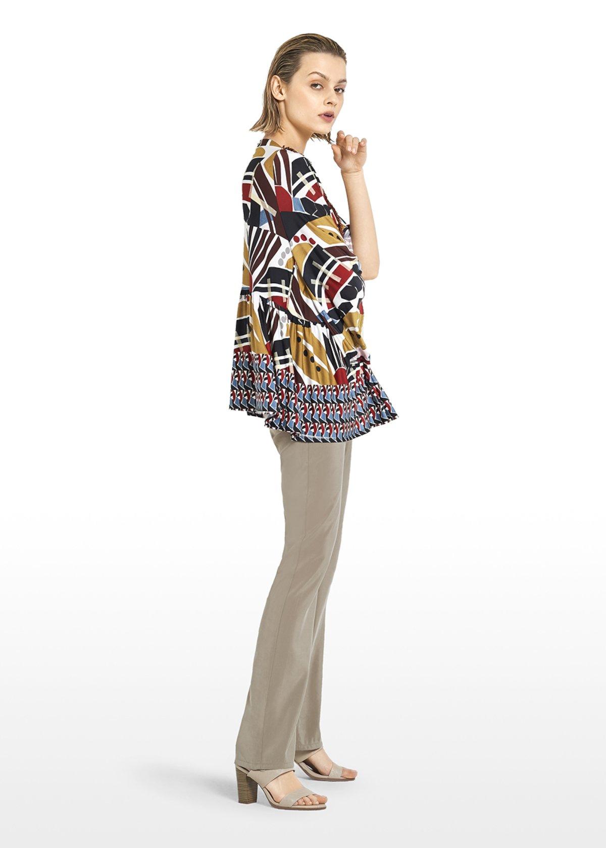 T-shirt Sissie ethno pattern with V-neck