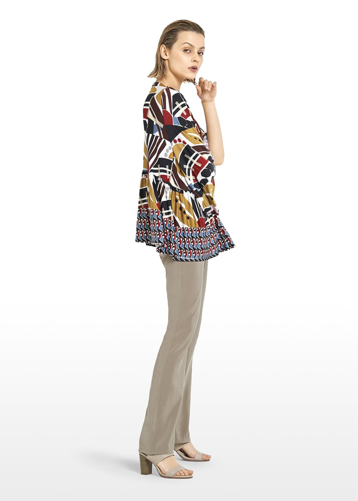 T-shirt Sissie ethno pattern with V-neck - Kiwi / Black Fantasia - Woman