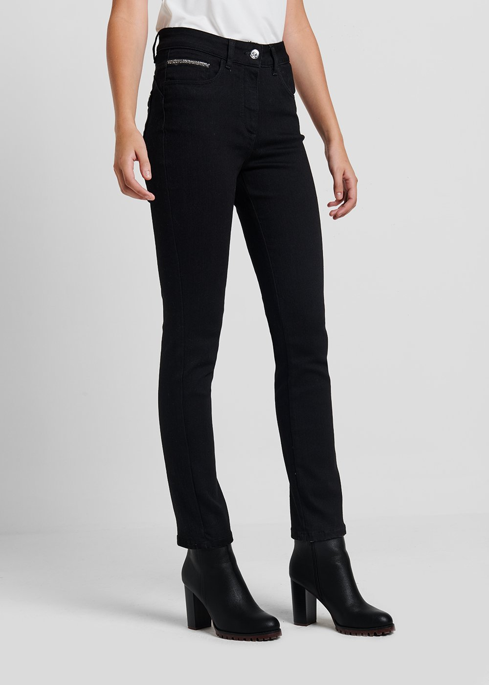 5 - pocket slim leg denim - Black Denim - Woman