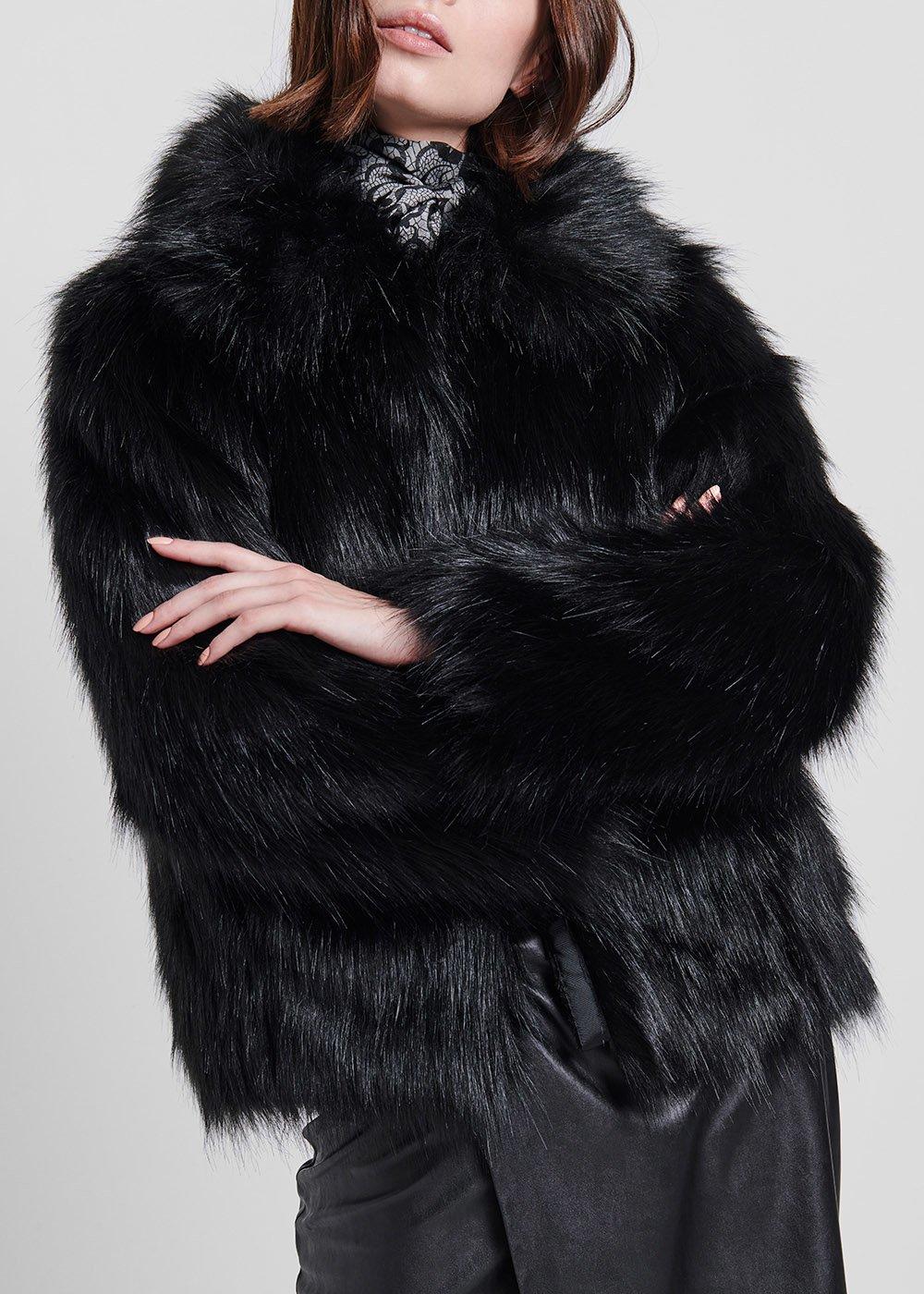 Capospalle in eco pelliccia corto - Black - Donna