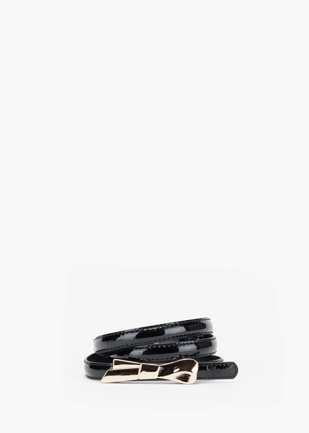 Carlyn slim adjustable belt in eco patent leather