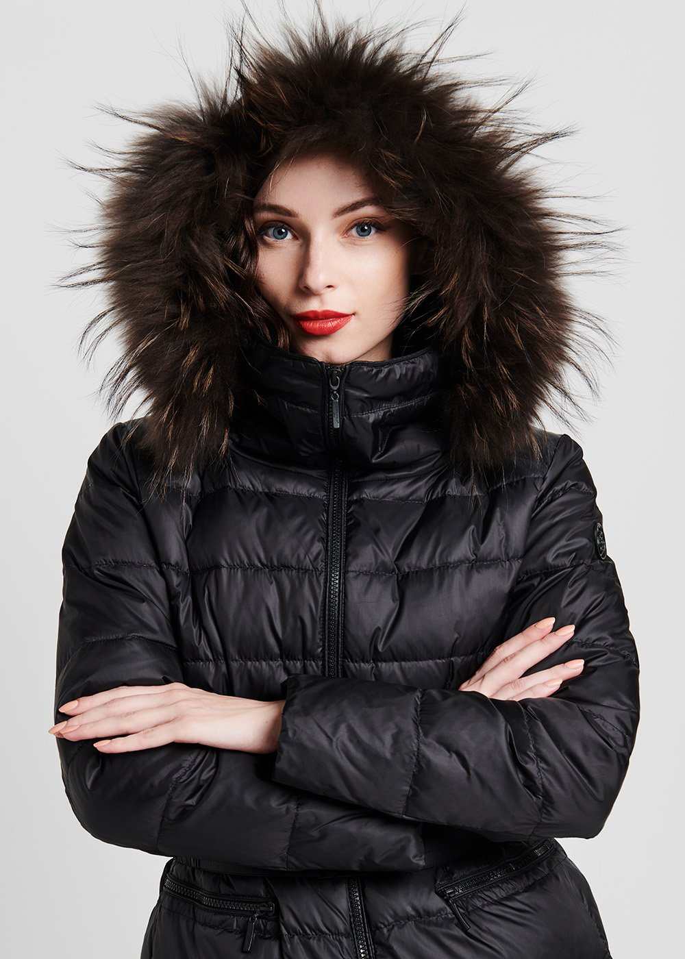 Long down jacket in goose down with belt - Black - Woman
