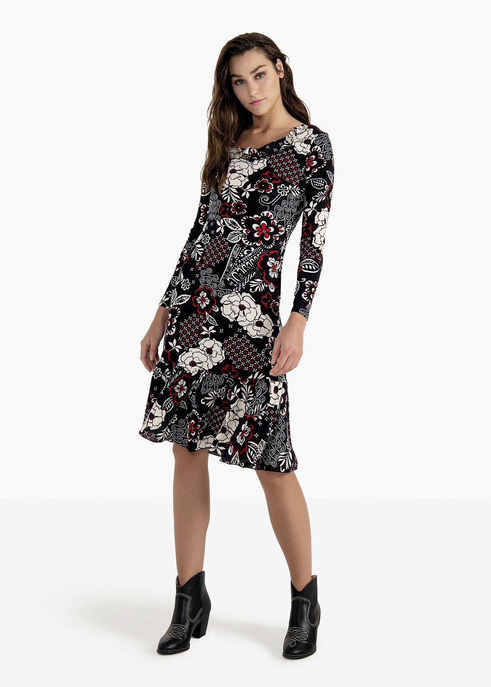 Alexios dress with V-neck and flounce at the bottom