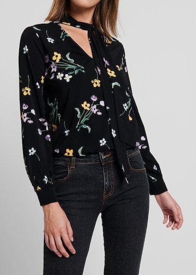 T-shirt in jersey stampa floreale con scollo V e sciarpina
