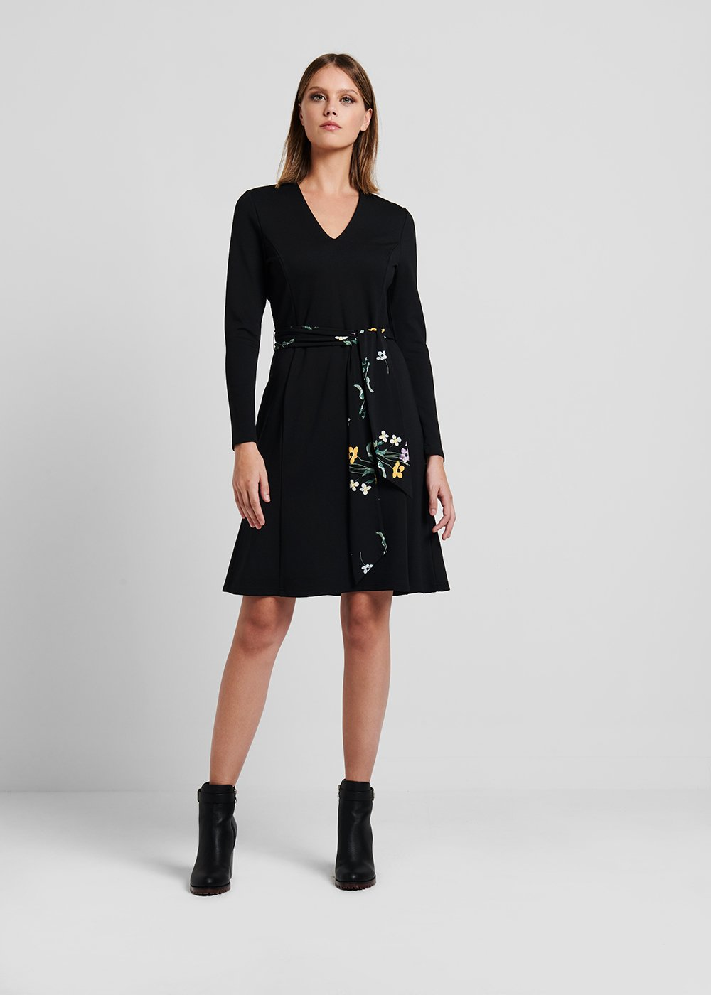 Jersey dress with floral printed belt - Black - Woman