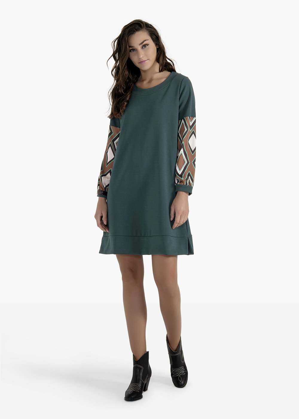 Axel long-sleeved dress with a madonna neckline - Pino - Woman