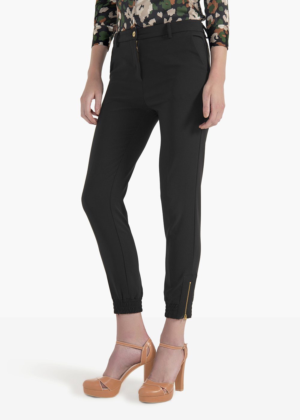 Jane pants in technical fabric with zip and elastic band at the bottom - Black - Woman