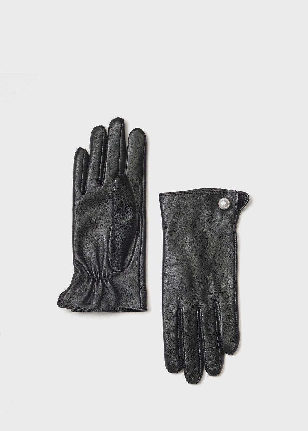 Suede and leather gloves with pearl