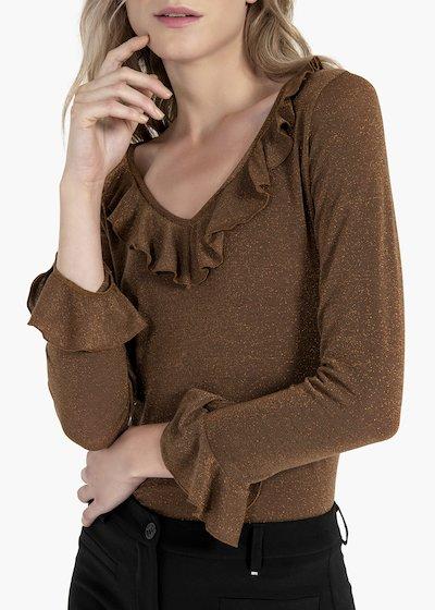 T-shirt Teresa con rouche allo scollo e al fondo manica