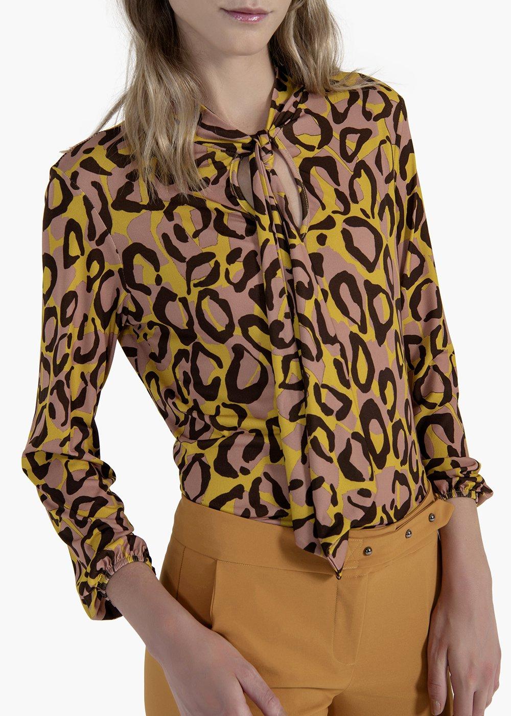 Camicia Saemi in tessuto fluido con stampa macromacula - Rosette  / Marrone Fantasia - Donna
