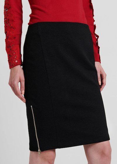 Pencil skirt in milano stitch with metal zipper