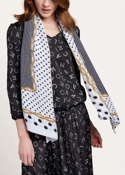 Sams scarf with chains and polka dots pattern