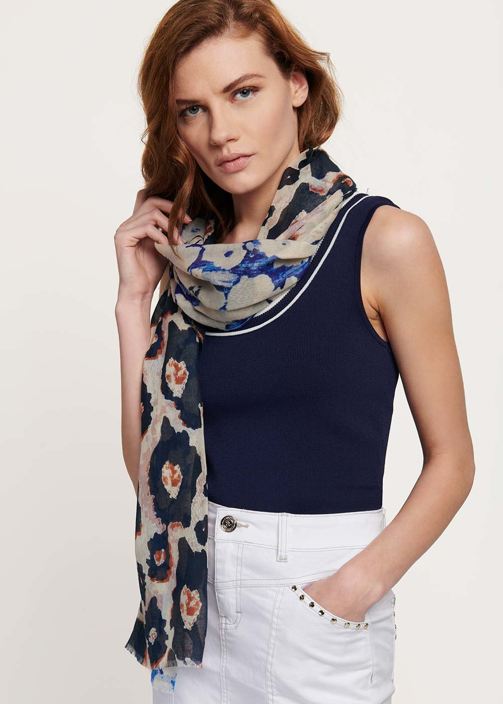Silv scarf with double - patterned print - Zenzero Animalier - Woman