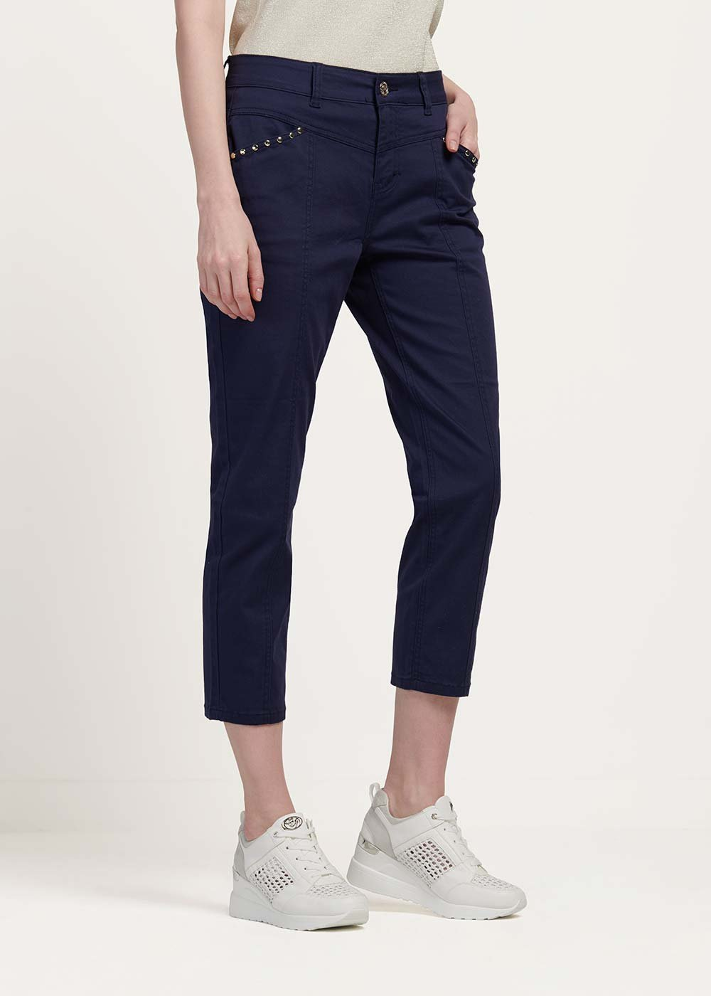 Palide capri pants with studs detail - Medium Blue - Woman