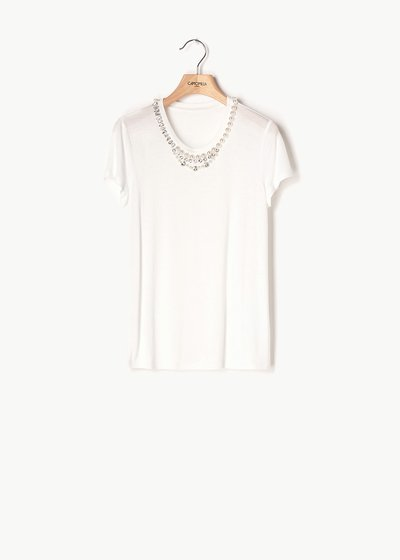Selena T-shirt with pearl detail