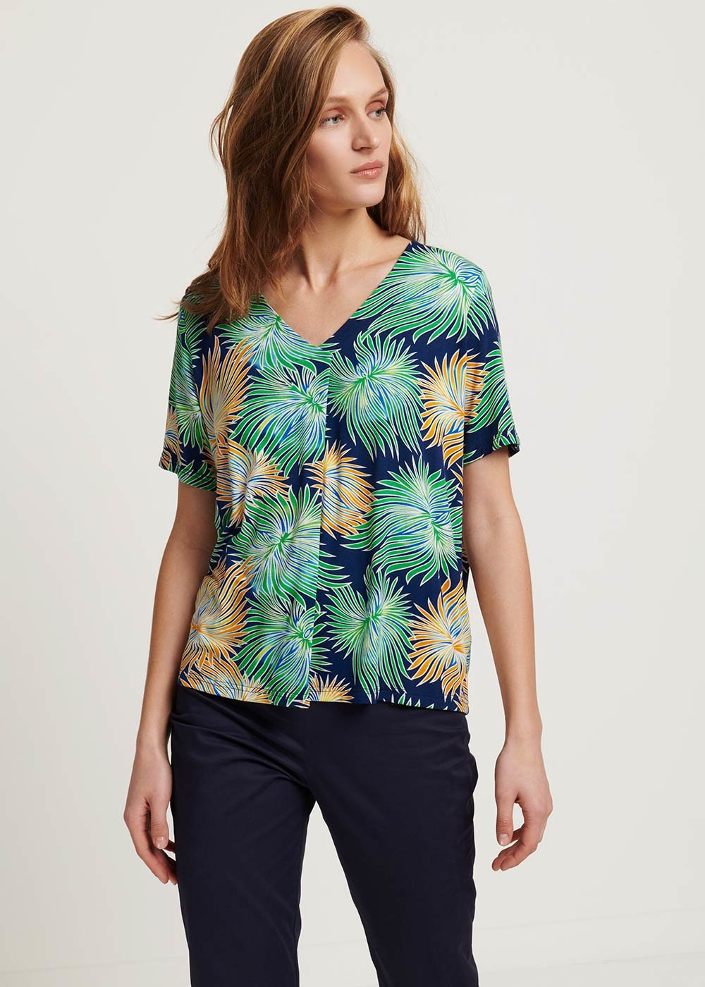 Sainoha T-shirt with tropical pattern - Medium Blue /  Tropical /  Fantasia - Woman
