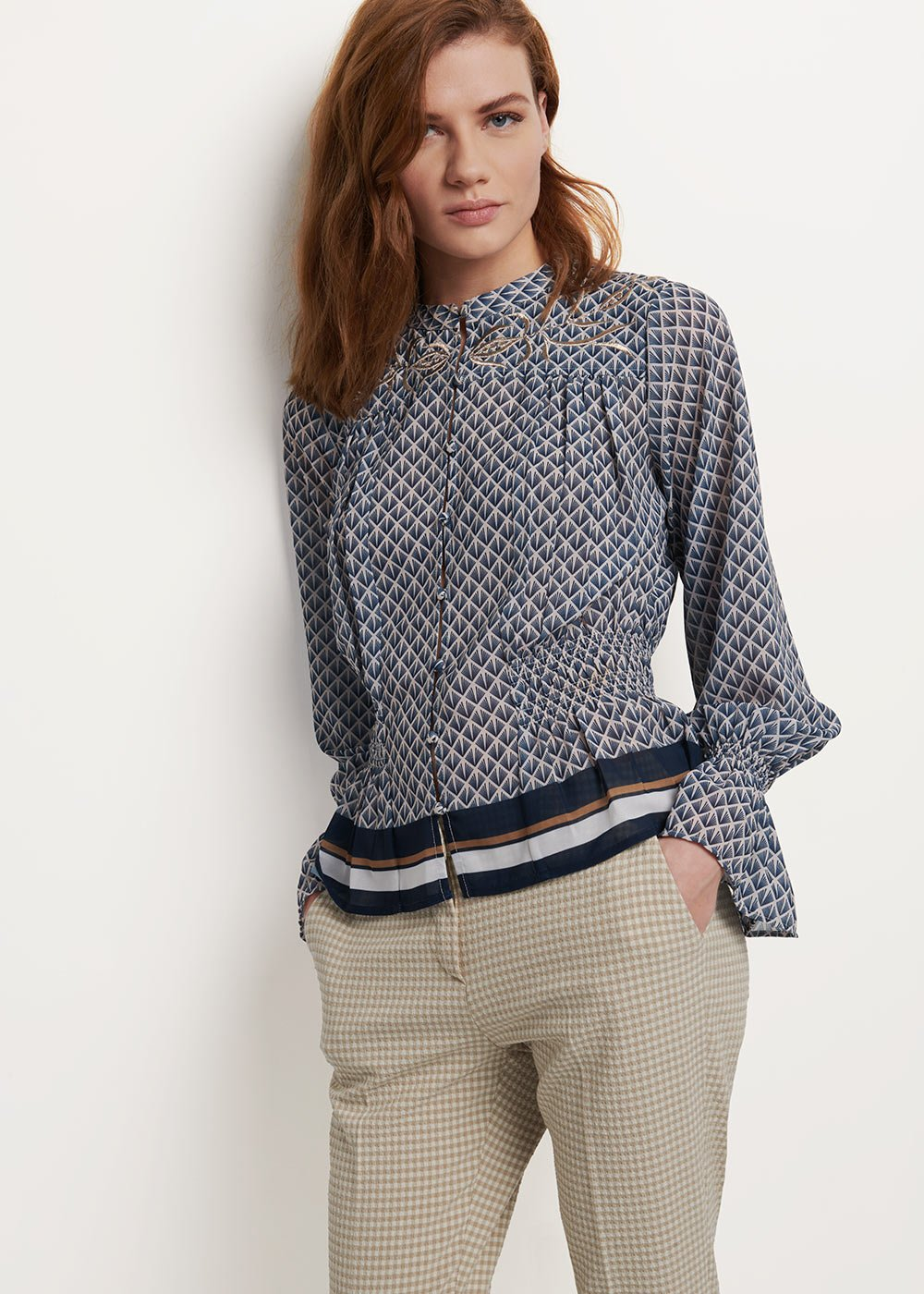Caterin blouse with white and blue pattern - White\ Avion\ Fantasia - Woman