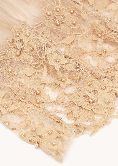 Sherley scarf with flowers detail