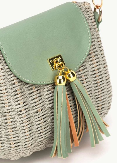 Belan wicker bag with tassels