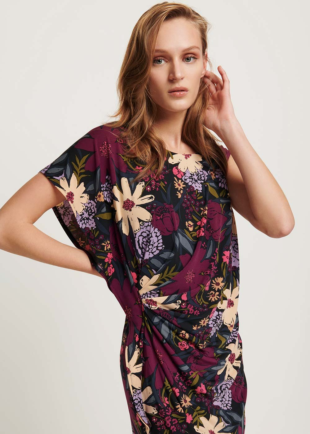 Aster dress with floral pattern - Black / Dalia / Fantasia - Woman