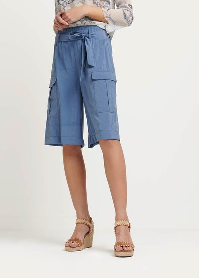Brand bermuda shorts with side pockets
