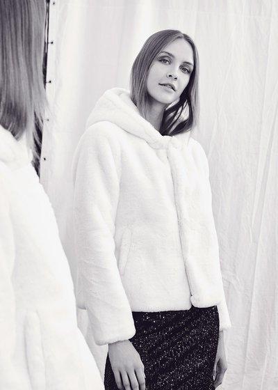 Gracy faux fur coat with hood