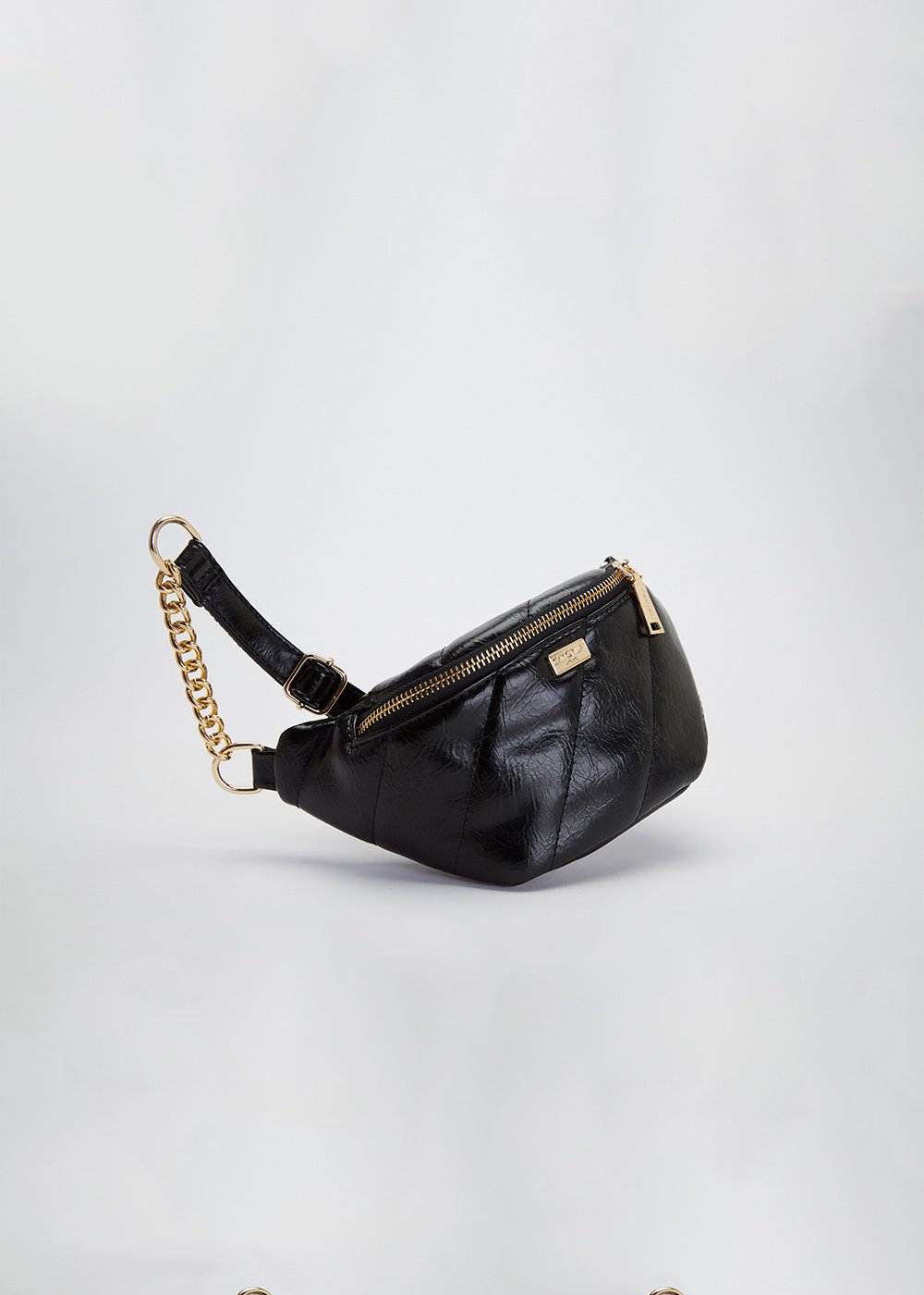 Micki patent faux-leather bumbag - Black - Woman